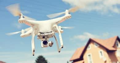 survol maison drone